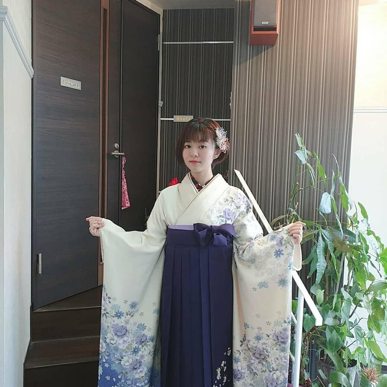 着物 袴 ナチュラル 巻き髪ヘアスタイルや髪型の写真・画像