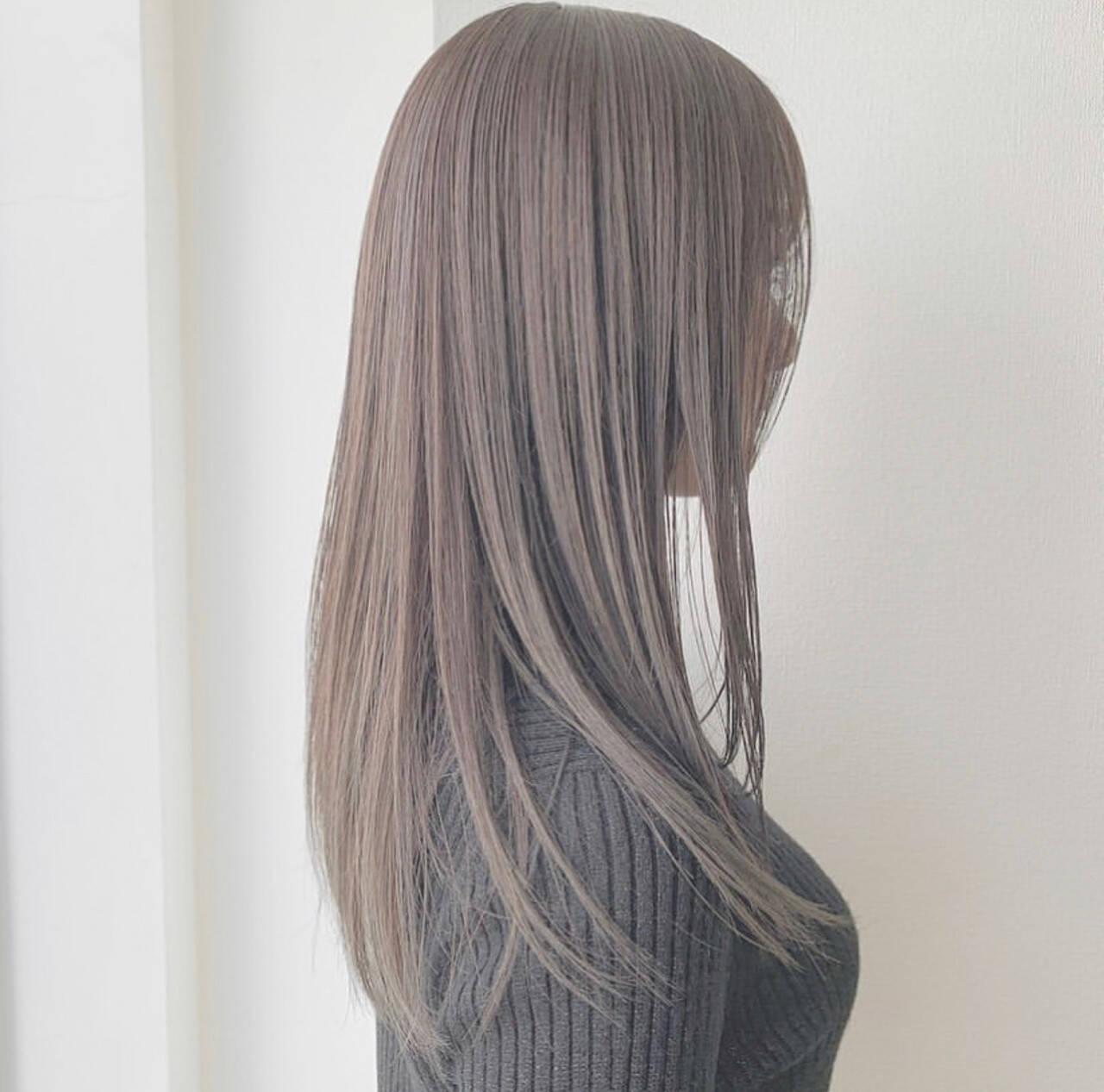 グレージュ 圧倒的透明感 ナチュラル アッシュグレージュヘアスタイルや髪型の写真・画像