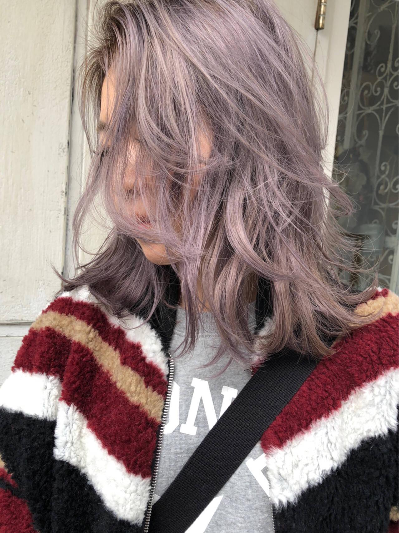 外人ヘア ラベンダー ブリーチ ブリーチカラーヘアスタイルや髪型の写真・画像