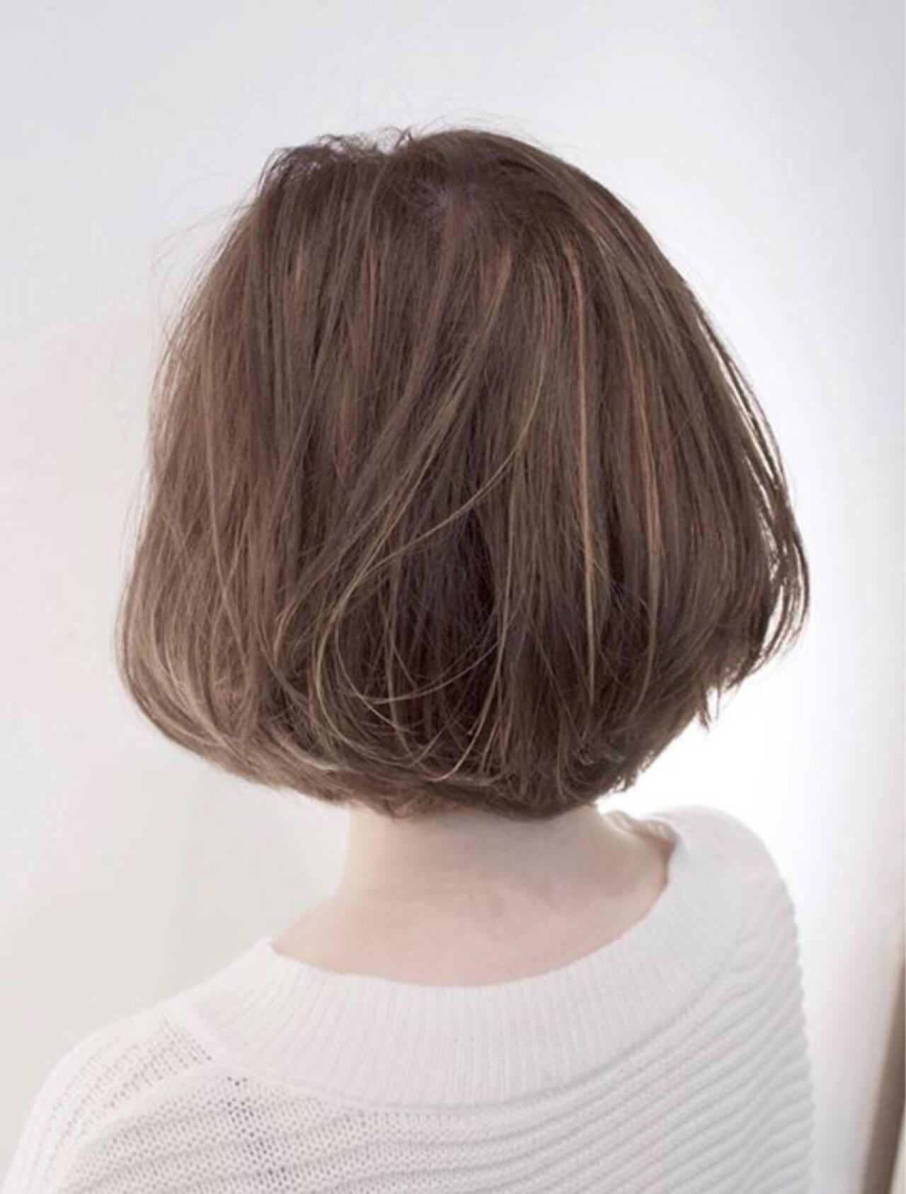 ナチュラル アッシュ ボブヘアスタイルや髪型の写真・画像