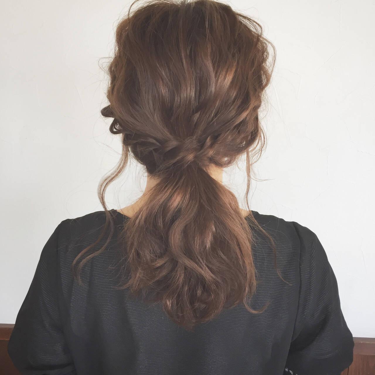 大人かわいい ヘアアレンジ デート ミディアムヘアスタイルや髪型の写真・画像