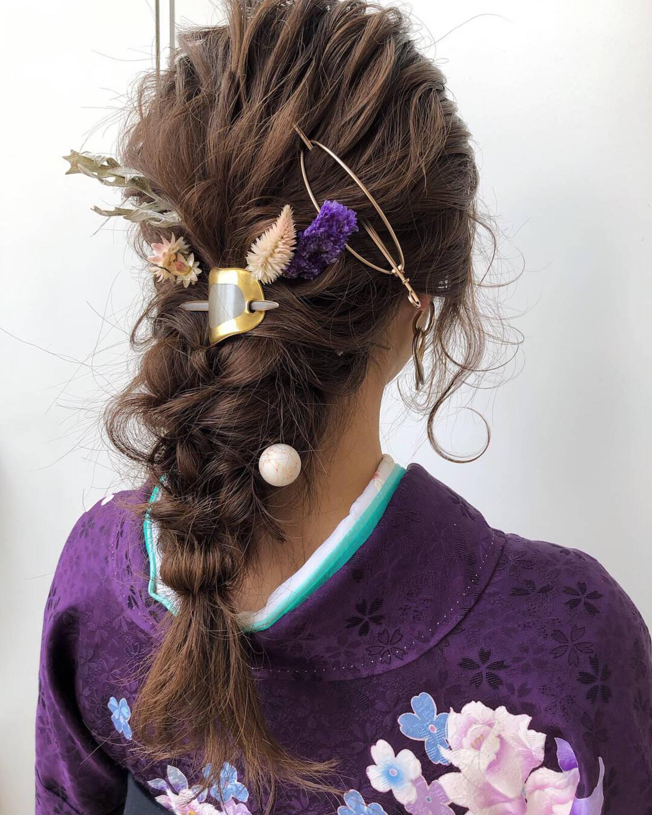 アンニュイほつれヘア 卒業式 簡単ヘアアレンジ セミロングヘアスタイルや髪型の写真・画像