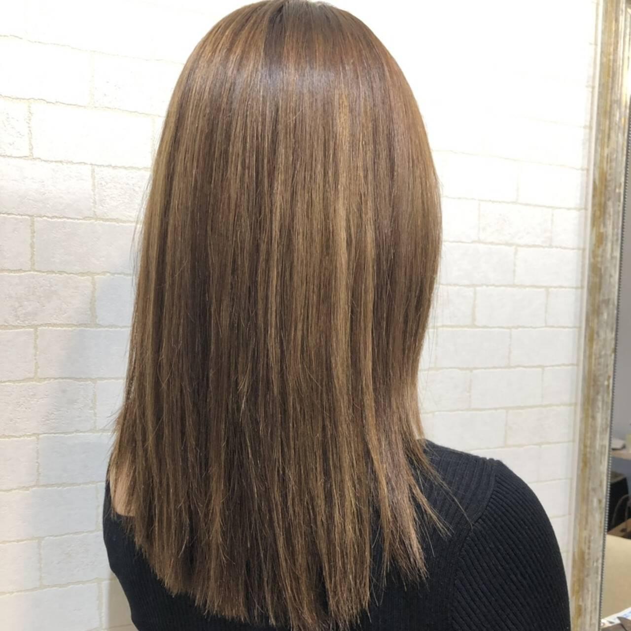 艶髪 ロング エレガント 縮毛矯正ストカールヘアスタイルや髪型の写真・画像