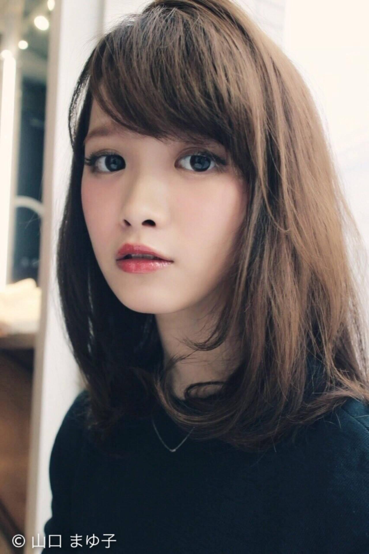 大人かわいい かわいい フェミニン ストレートヘアスタイルや髪型の写真・画像