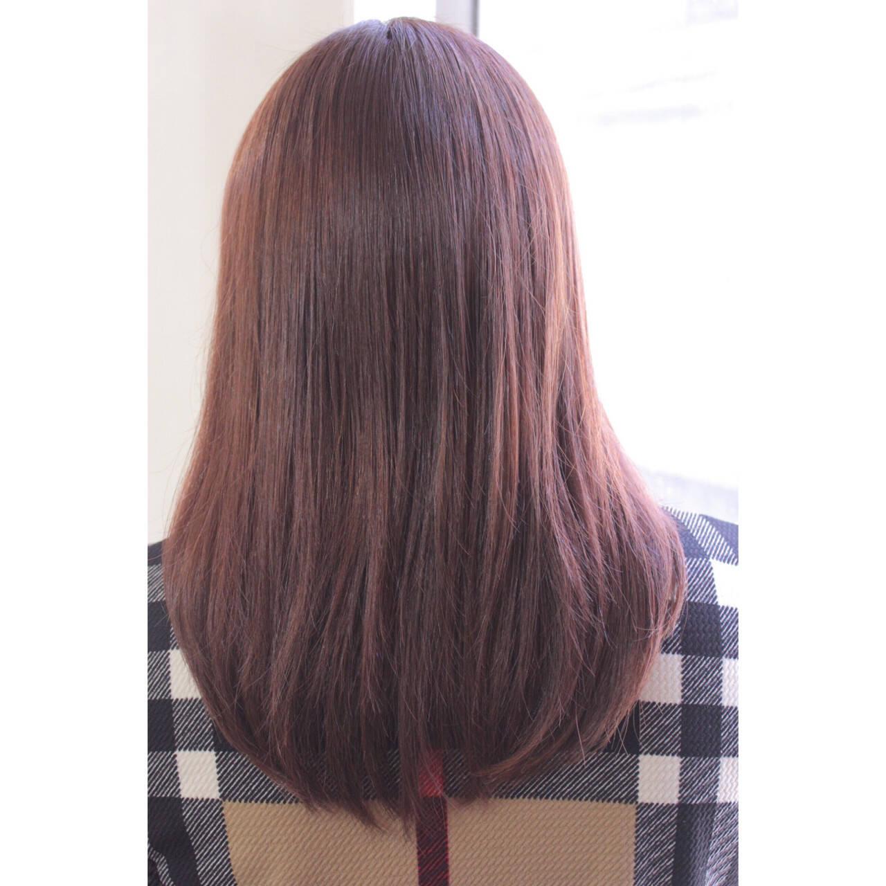 ミディアム デート 大人女子 フリンジバングヘアスタイルや髪型の写真・画像