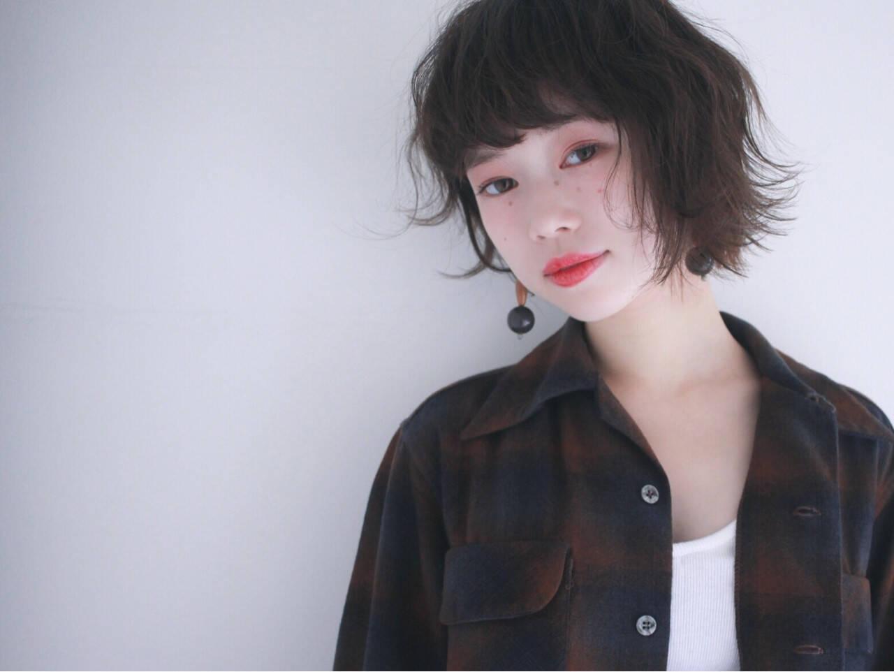 黒髪 パーマ ナチュラル ニュアンスヘアスタイルや髪型の写真・画像