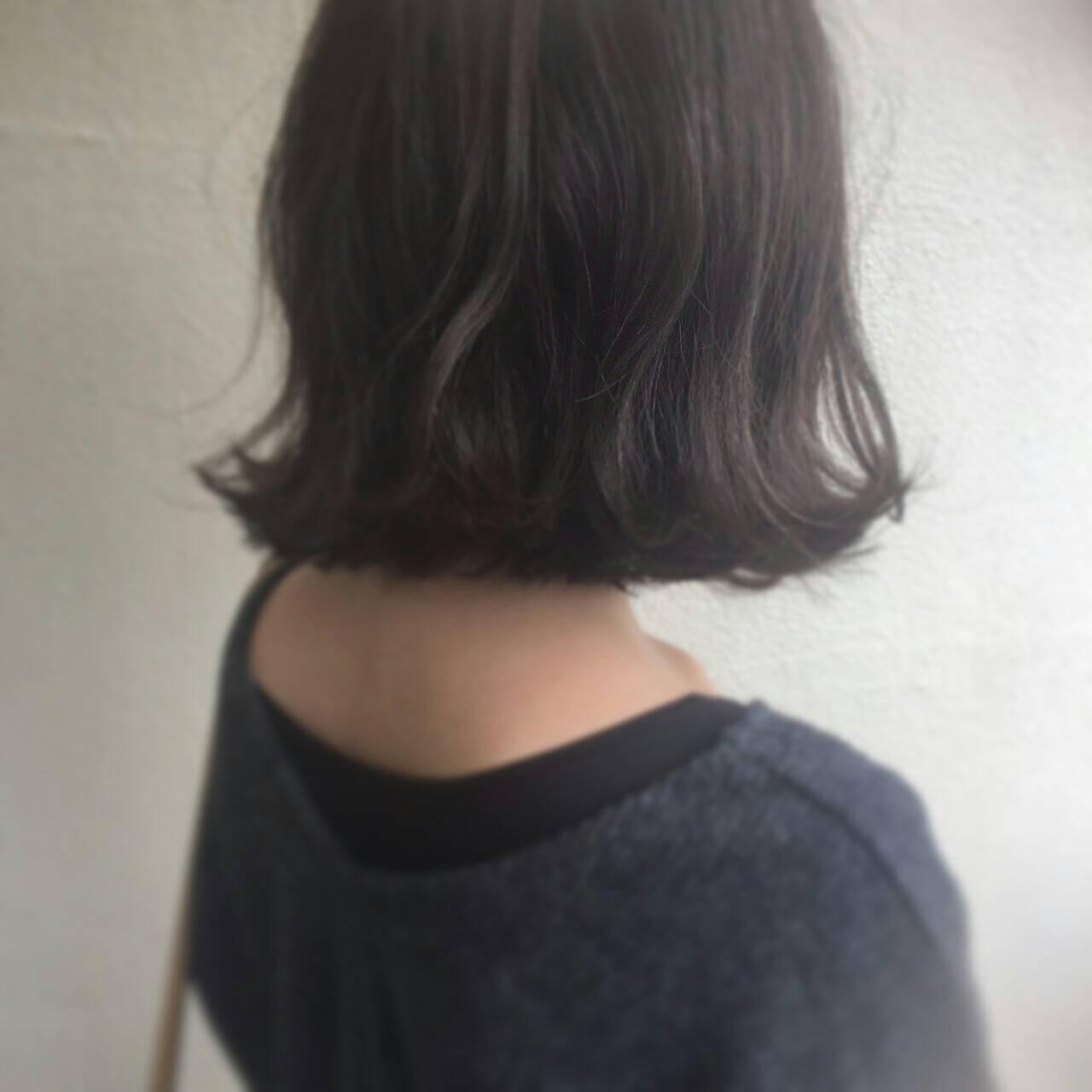 暗髪 外国人風 ボブ 簡単ヘアアレンジヘアスタイルや髪型の写真・画像