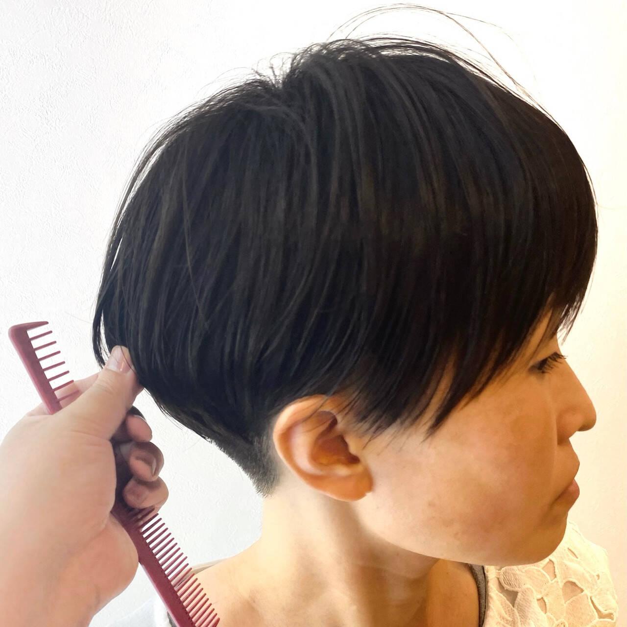 ウルフカット ショート インナーカラー ベリーショートヘアスタイルや髪型の写真・画像