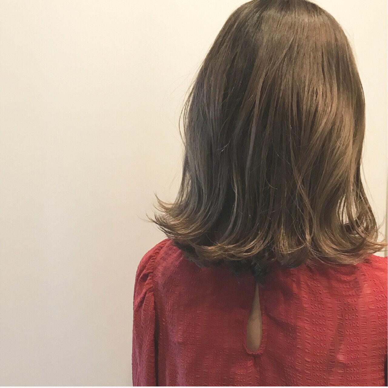 外国人風カラー ボブ ウェットヘア ハイライトヘアスタイルや髪型の写真・画像