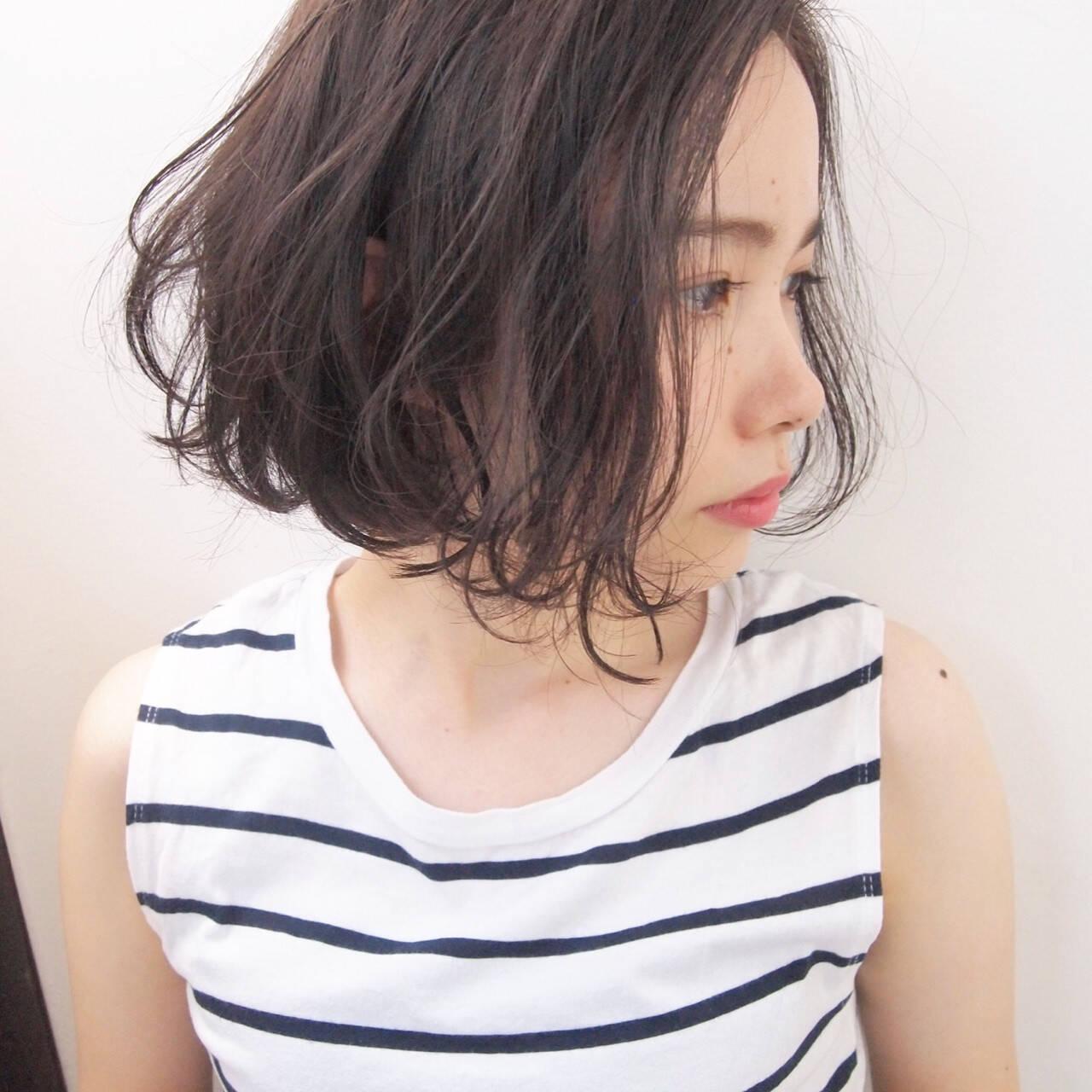 パーマ 透明感 ボブ 秋ヘアスタイルや髪型の写真・画像