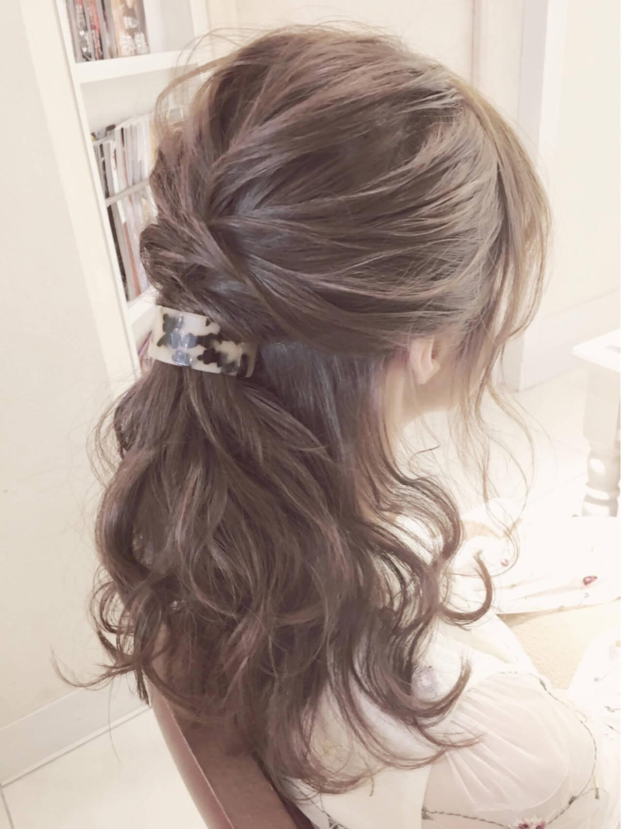 アッシュ フェミニン ハイライト セルフヘアアレンジヘアスタイルや髪型の写真・画像