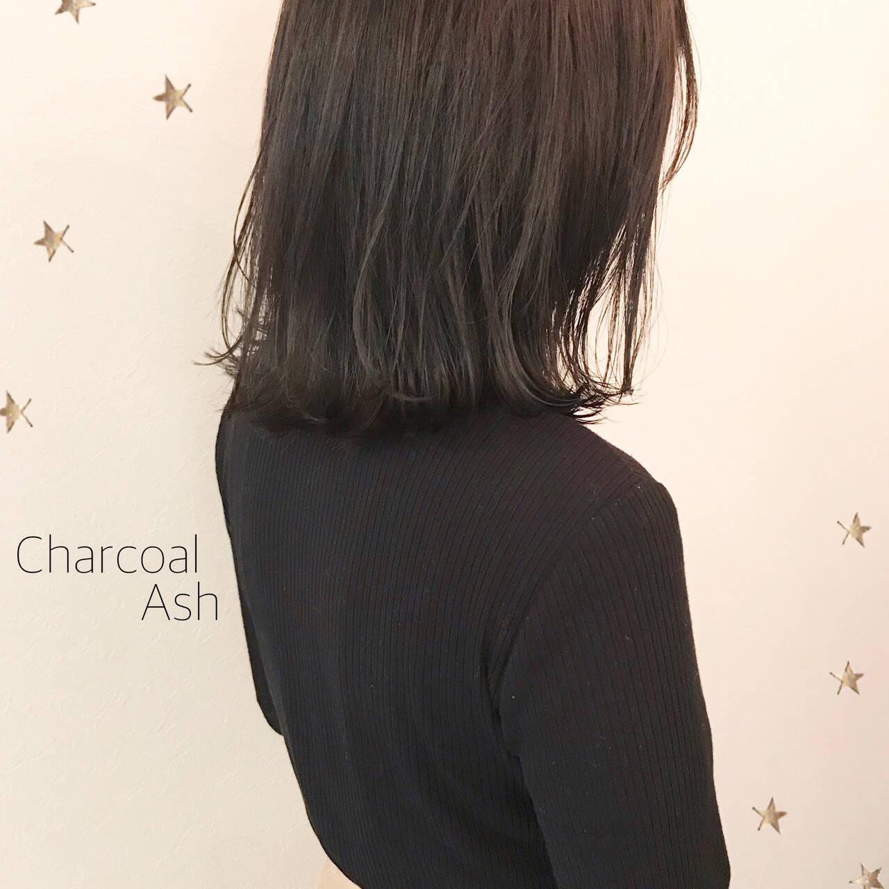 暗髪 ミディアム ナチュラル ロブヘアスタイルや髪型の写真・画像