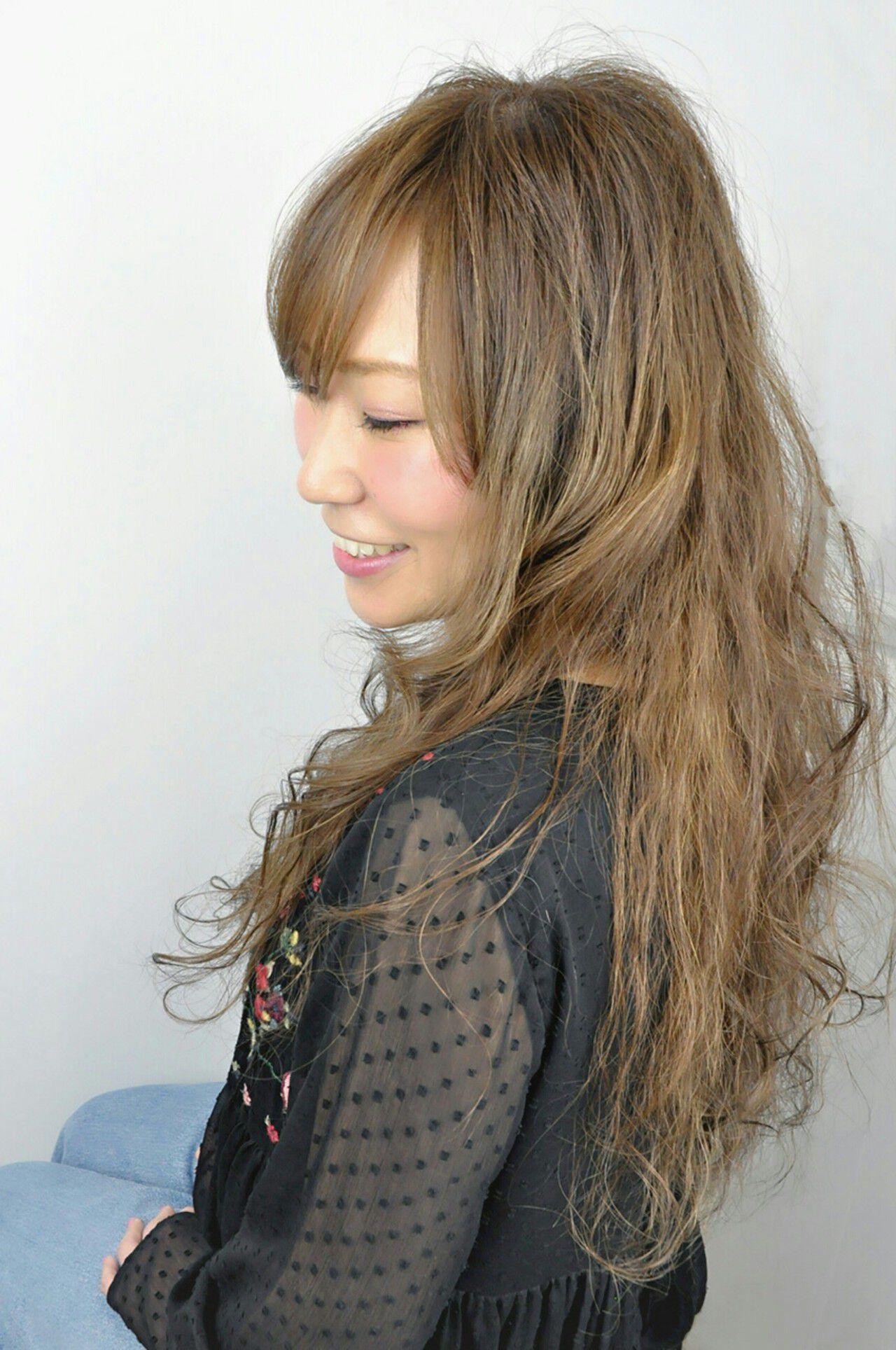 フェミニン ミルクティー 大人かわいい セミロングヘアスタイルや髪型の写真・画像