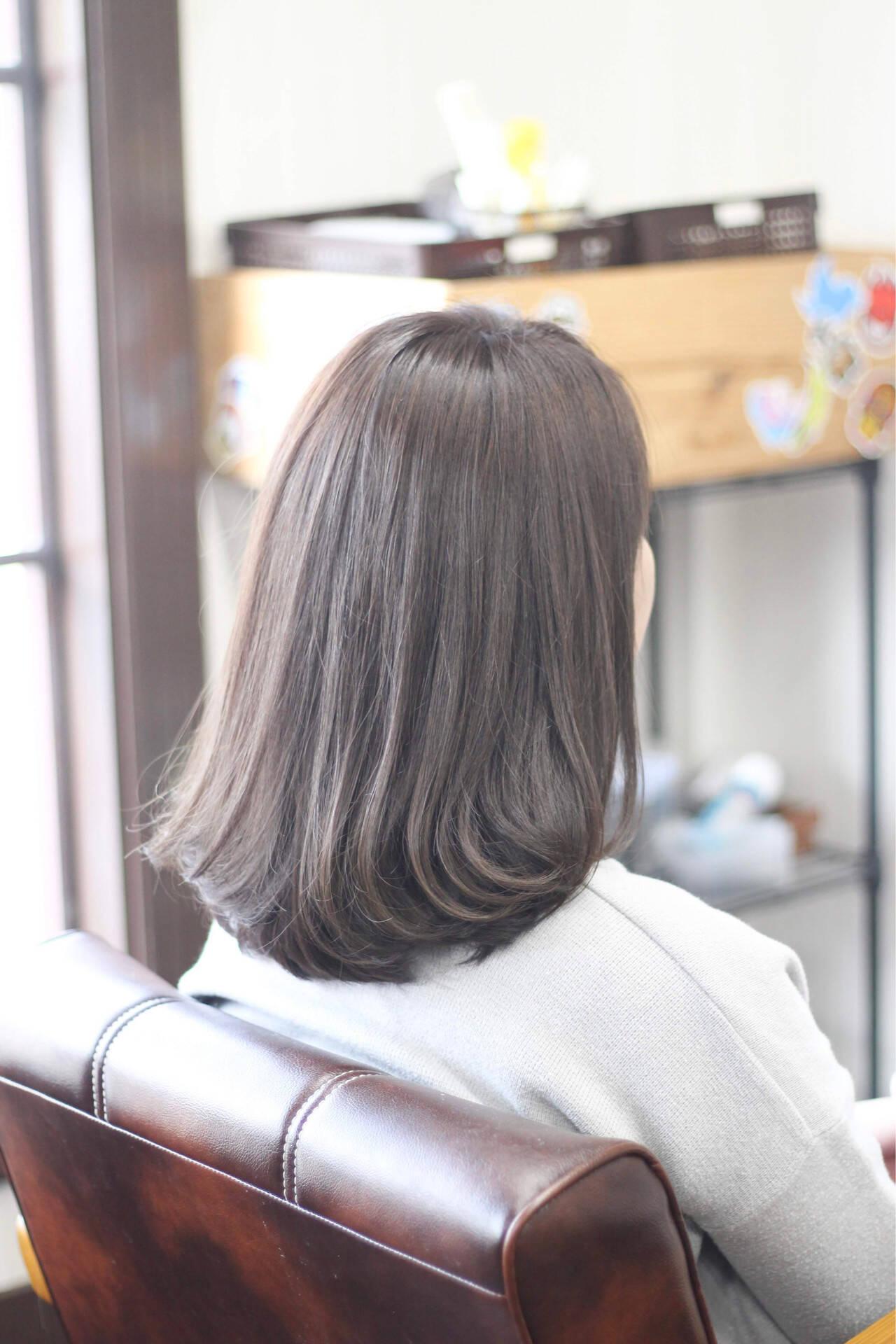 お手入れ簡単!! 外ハネ ナチュラル 透明感カラーヘアスタイルや髪型の写真・画像