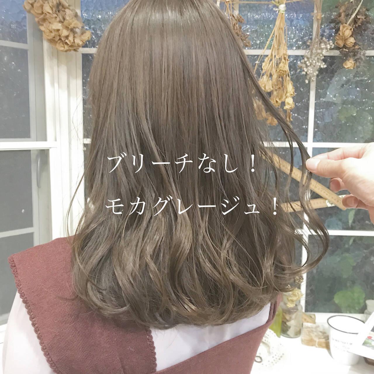 ナチュラル グレージュ ヘアカラー ロングヘアスタイルや髪型の写真・画像