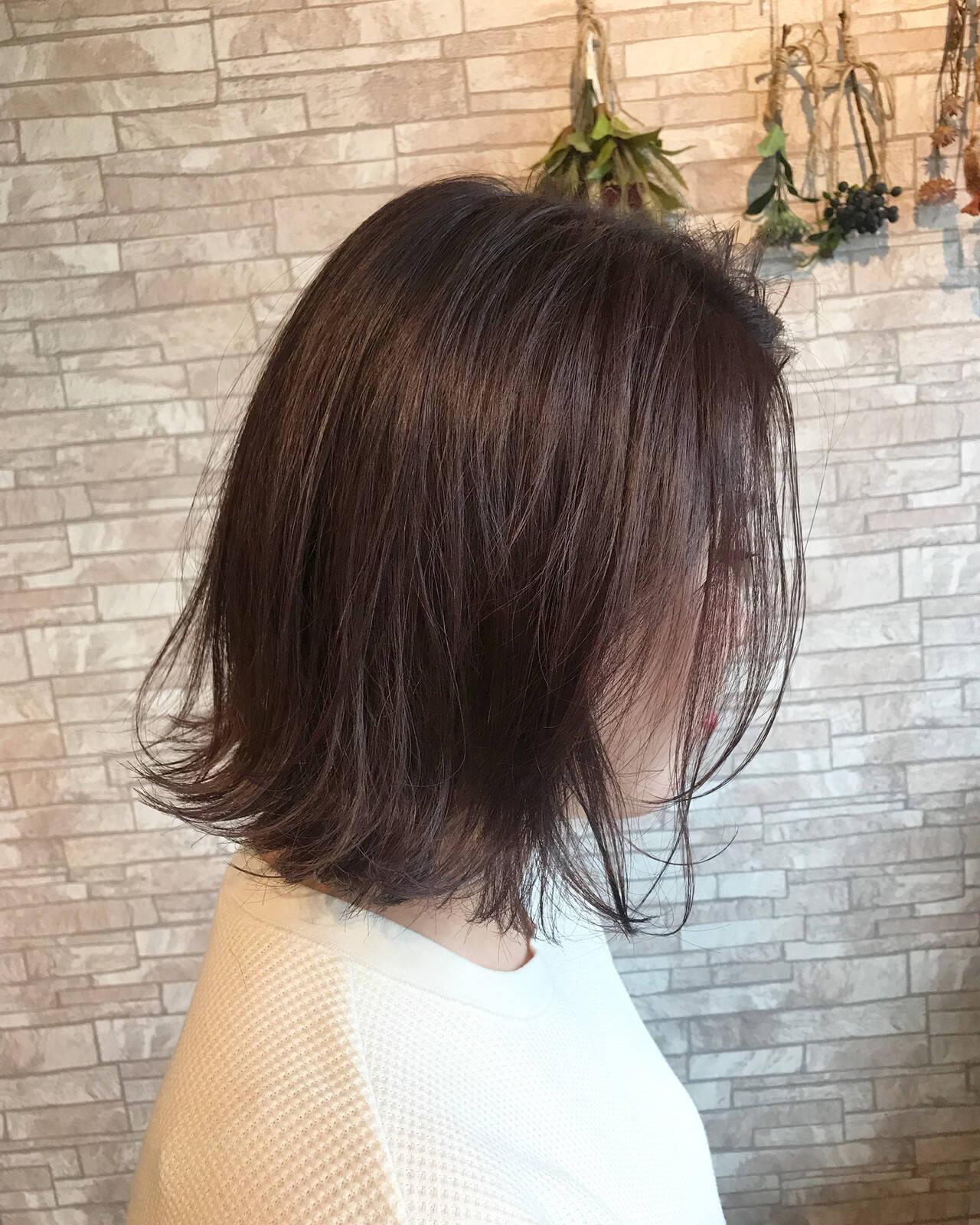 コテ巻き 外ハネボブ デート ボブヘアスタイルや髪型の写真・画像