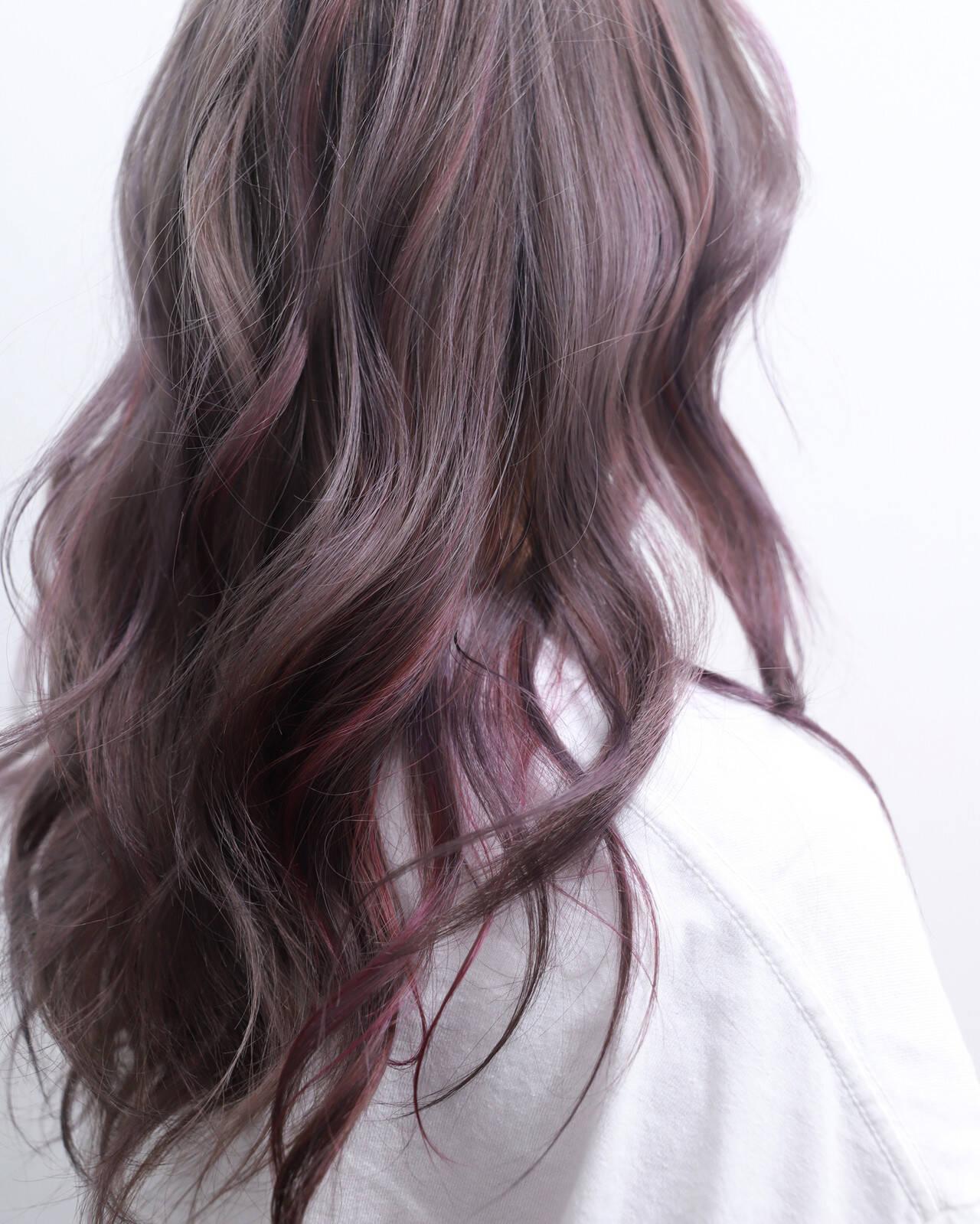 ラベンダーアッシュ フェミニン ヘアアレンジ セミロングヘアスタイルや髪型の写真・画像