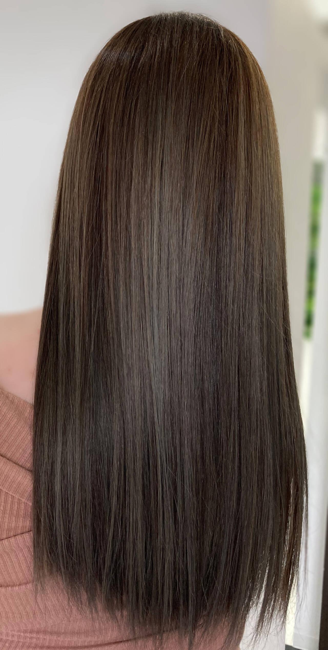 エクステ バレイヤージュ グレージュ ロングヘアスタイルや髪型の写真・画像