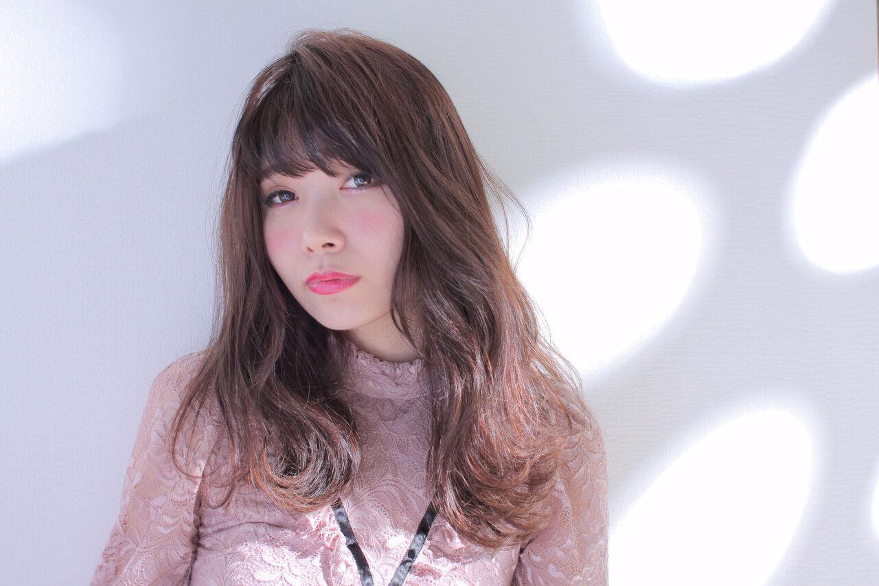 アンニュイほつれヘア 撮影 フェミニン ゆるふわヘアスタイルや髪型の写真・画像
