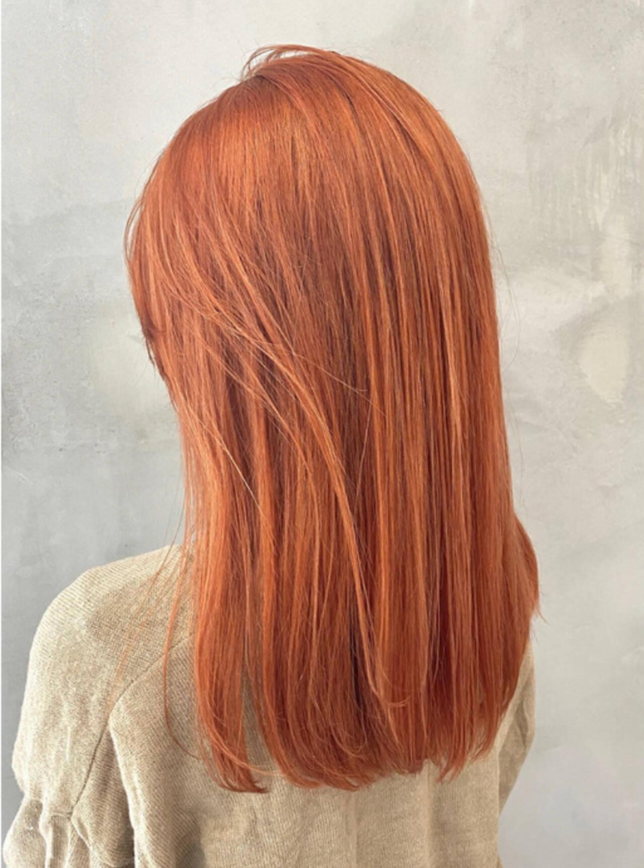 オレンジカラー ダブルカラー オレンジ ストリートヘアスタイルや髪型の写真・画像