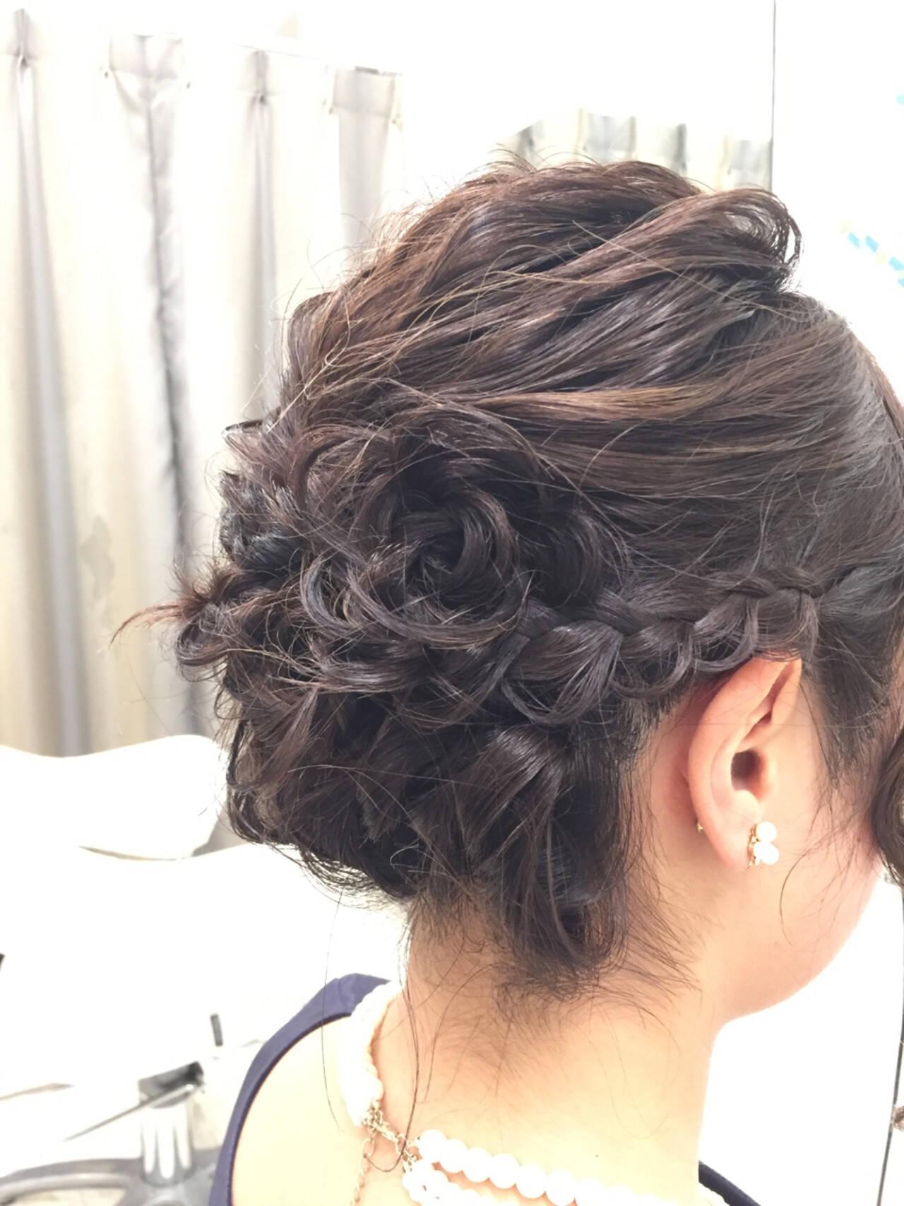 結婚式 ヘアアレンジ 花 ミディアムヘアスタイルや髪型の写真・画像