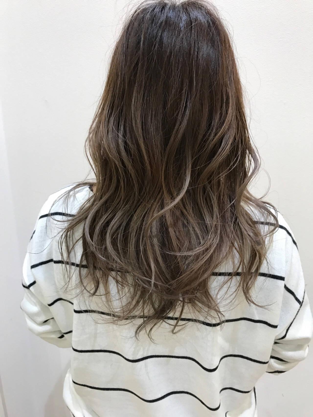 グラデーションカラー アッシュ 外国人風 ストリートヘアスタイルや髪型の写真・画像