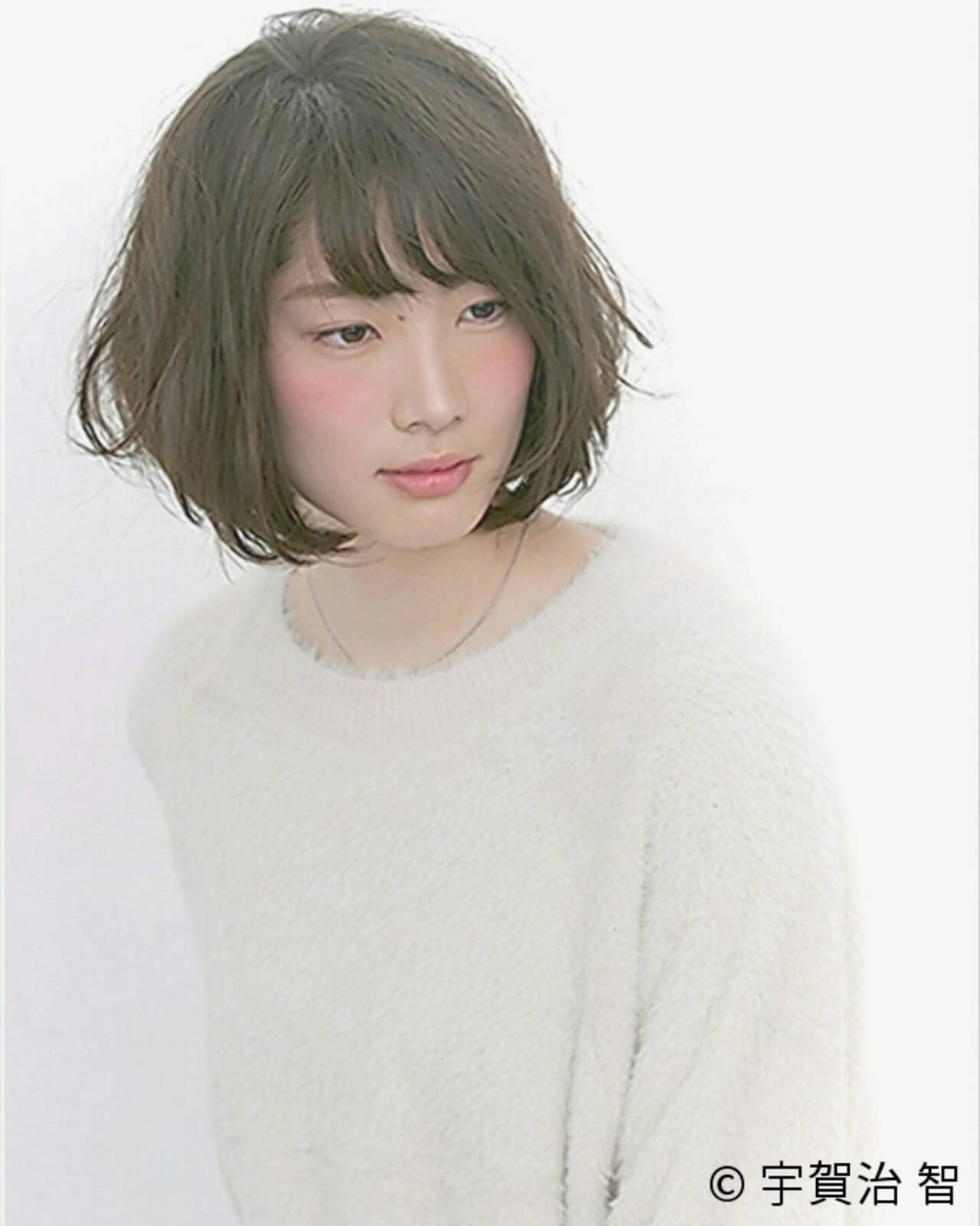 暗髪 フェミニン パーマ ゆるふわヘアスタイルや髪型の写真・画像
