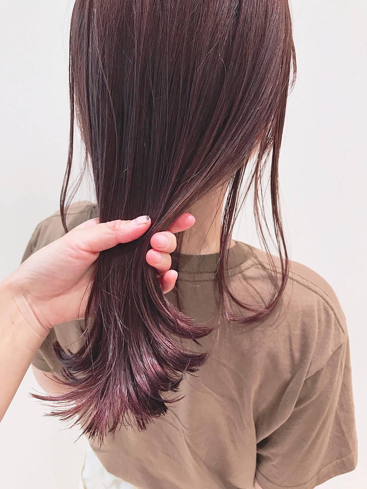 カシスカラー 暖色 透明感カラー カシスレッドヘアスタイルや髪型の写真・画像