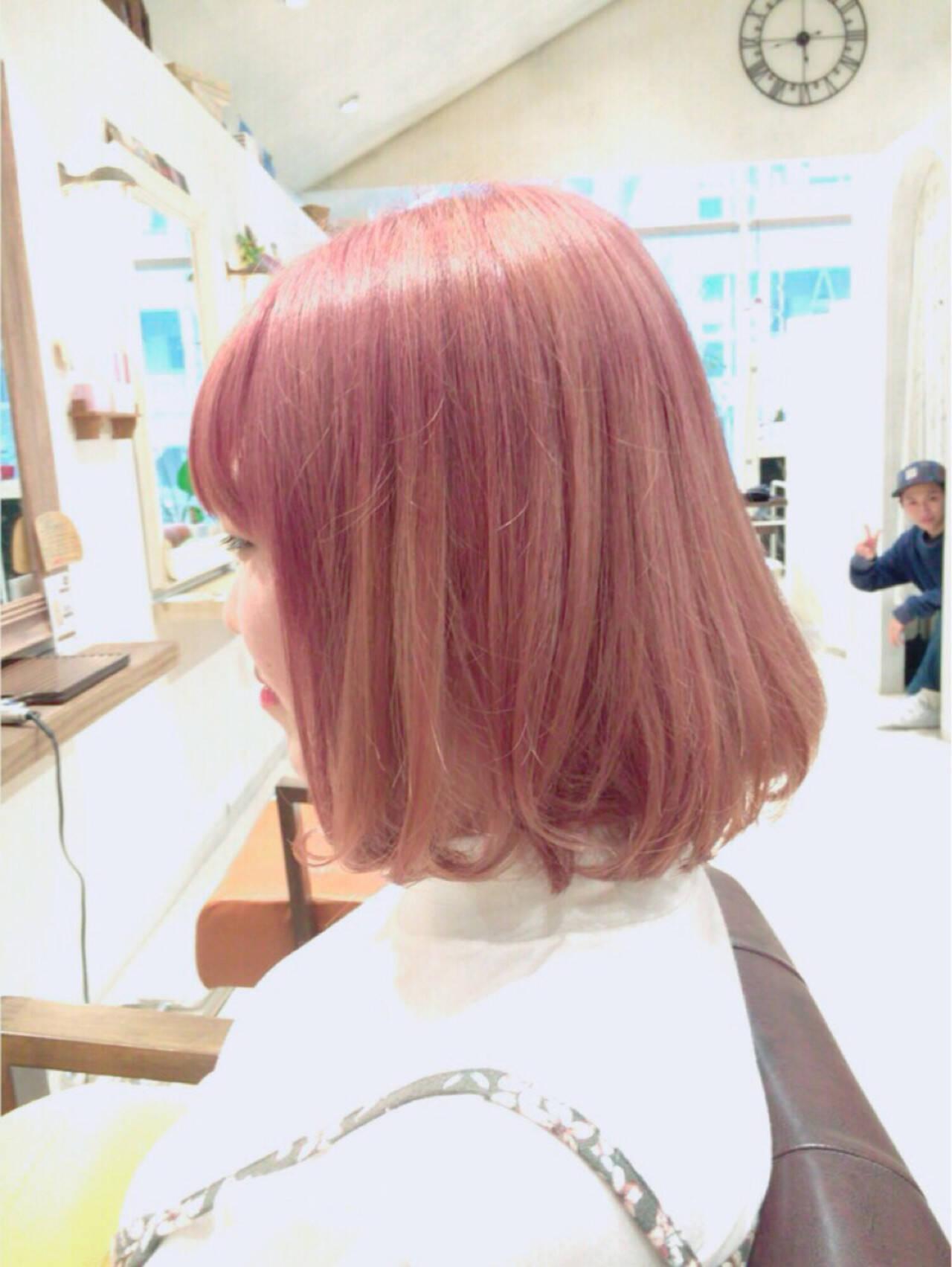 ガーリー ピンク ボブ グラデーションカラーヘアスタイルや髪型の写真・画像