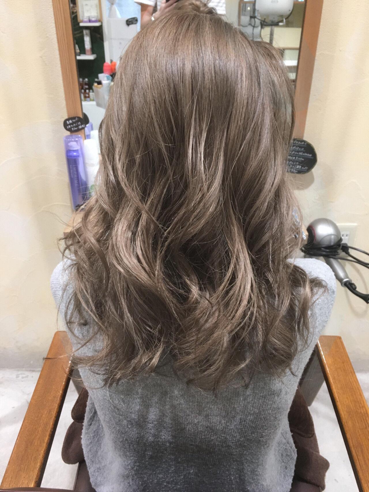 ハイライト 前髪あり 外国人風 グラデーションカラーヘアスタイルや髪型の写真・画像