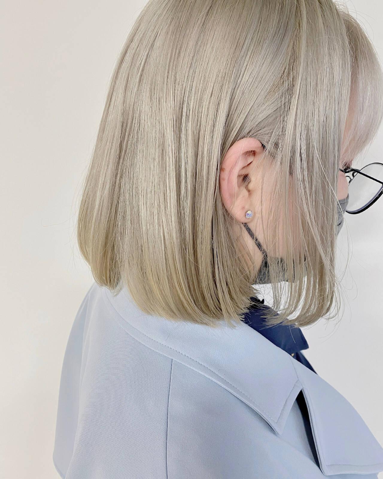 ショートヘア ボブ ブリーチ必須 ブロンドカラーヘアスタイルや髪型の写真・画像
