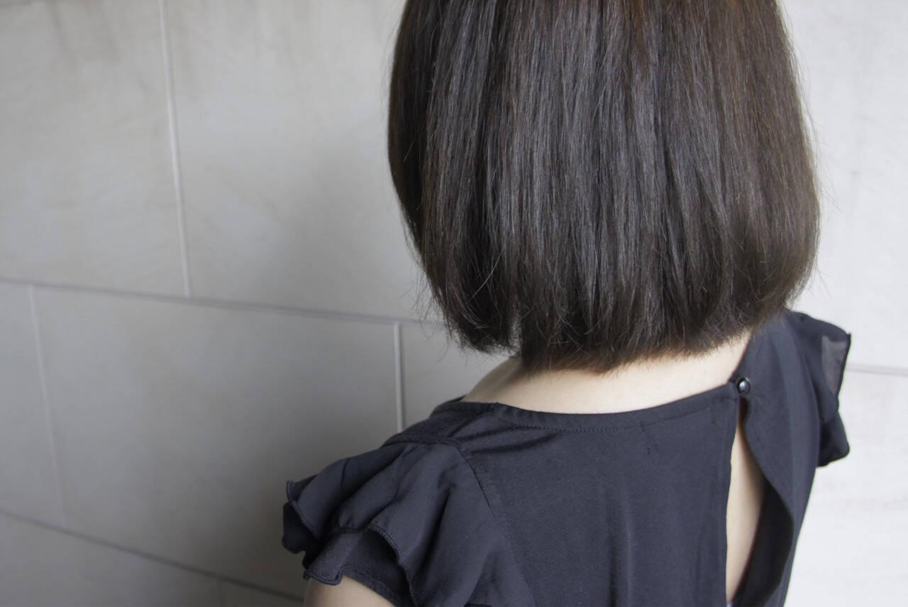 ボブ ブルージュ ナチュラル 暗髪ヘアスタイルや髪型の写真・画像