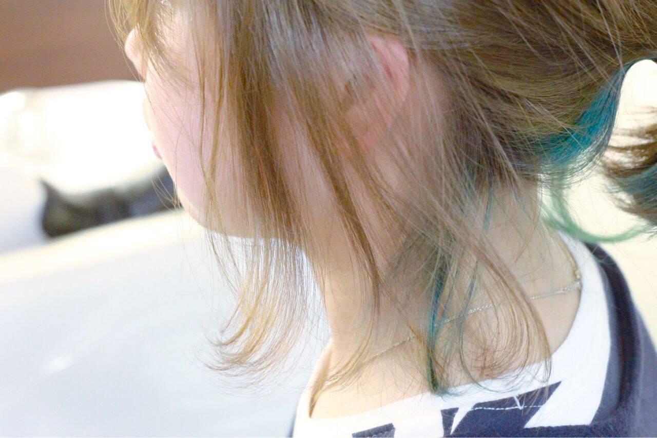 アッシュ ボブ ブリーチ グリーンヘアスタイルや髪型の写真・画像
