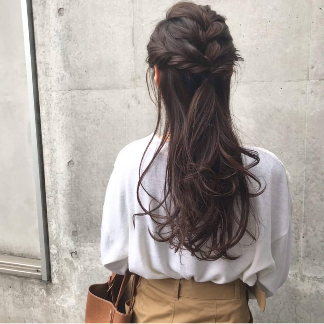 ハーフアップ エレガント お出かけヘア ロングヘアスタイルや髪型の写真・画像
