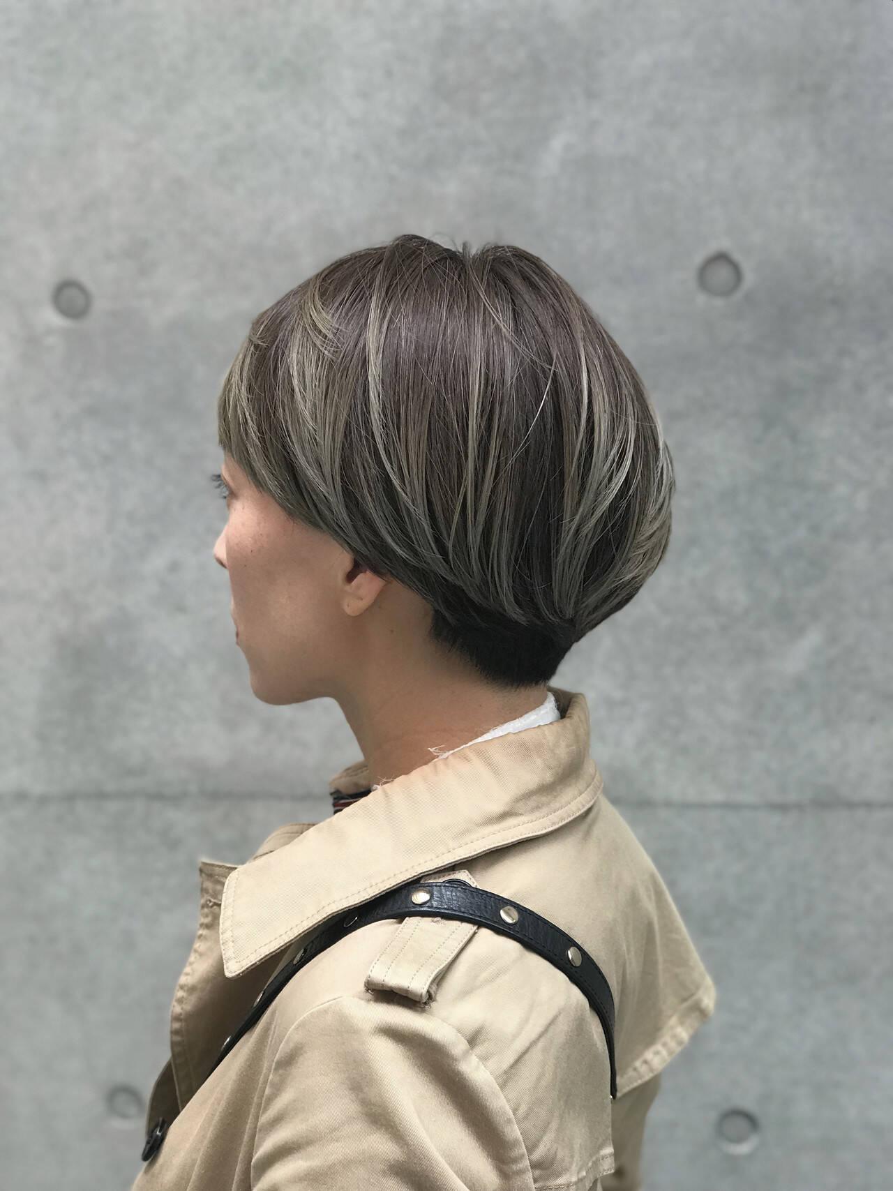 マッシュヘア ショート ハイライト コントラストハイライトヘアスタイルや髪型の写真・画像