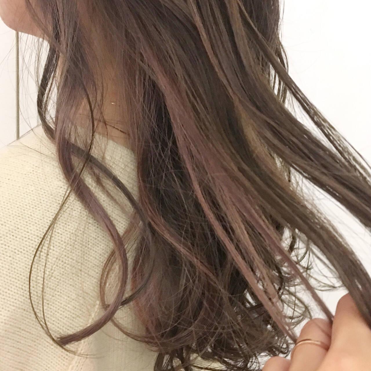 グラデーションカラー ロング ウェーブ ピンクアッシュヘアスタイルや髪型の写真・画像