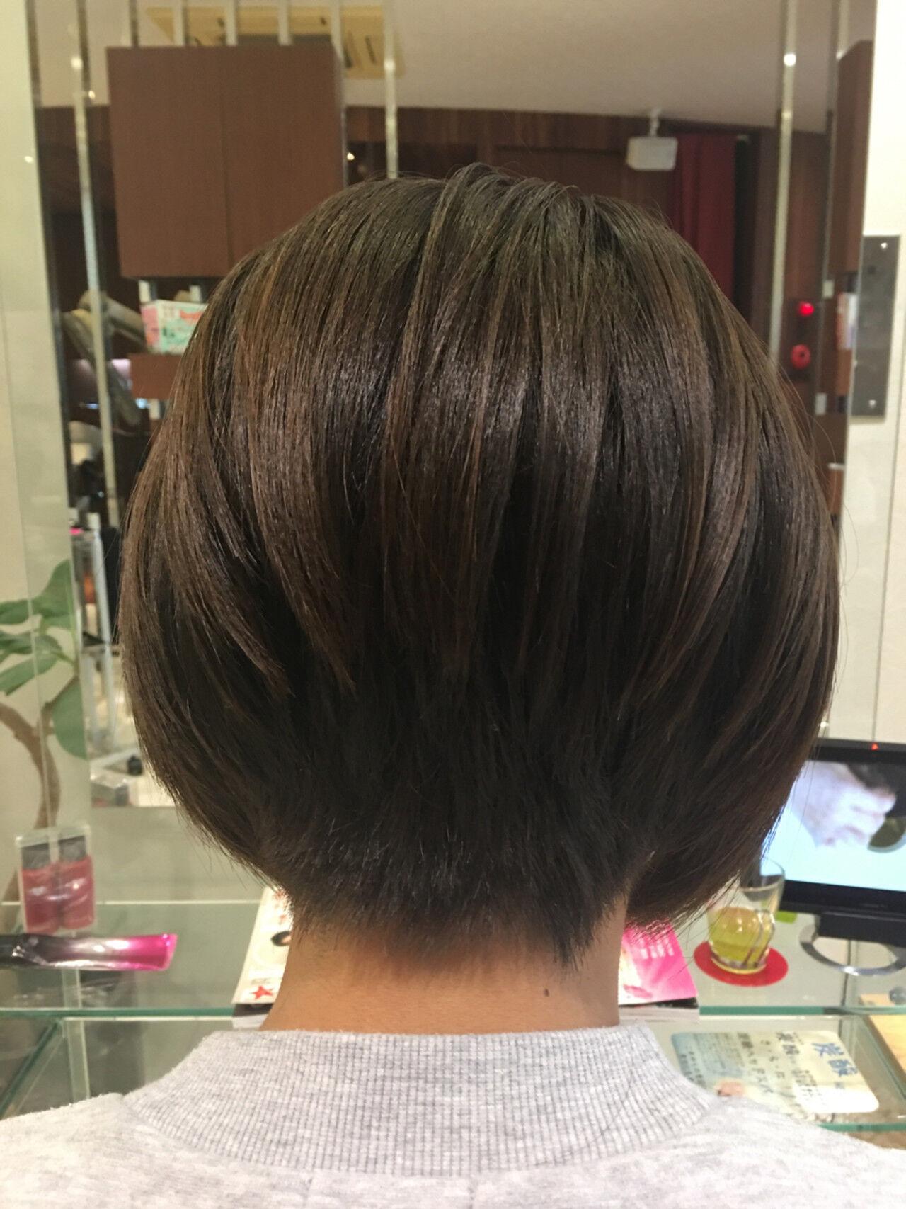 大人女子 オフィス 冬 ボブヘアスタイルや髪型の写真・画像