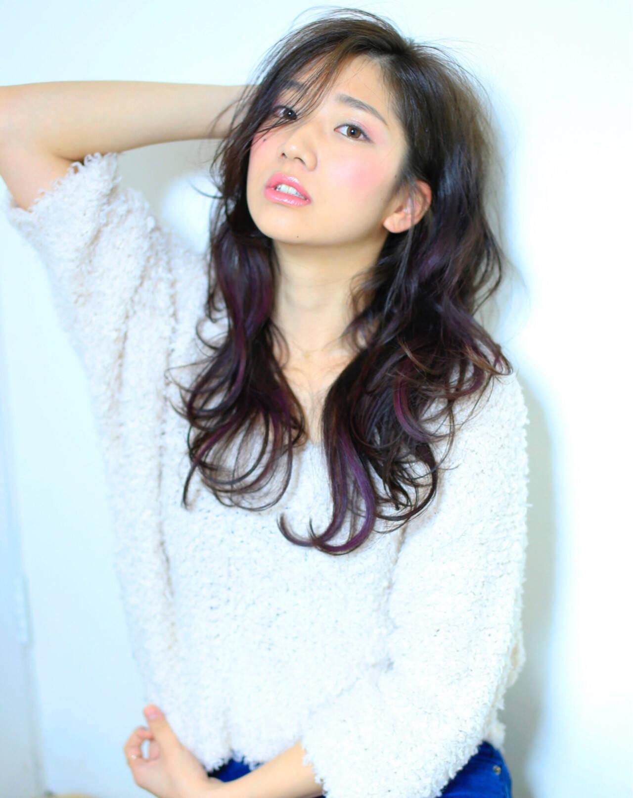 大人かわいい レイヤーカット パーマ ロングヘアスタイルや髪型の写真・画像