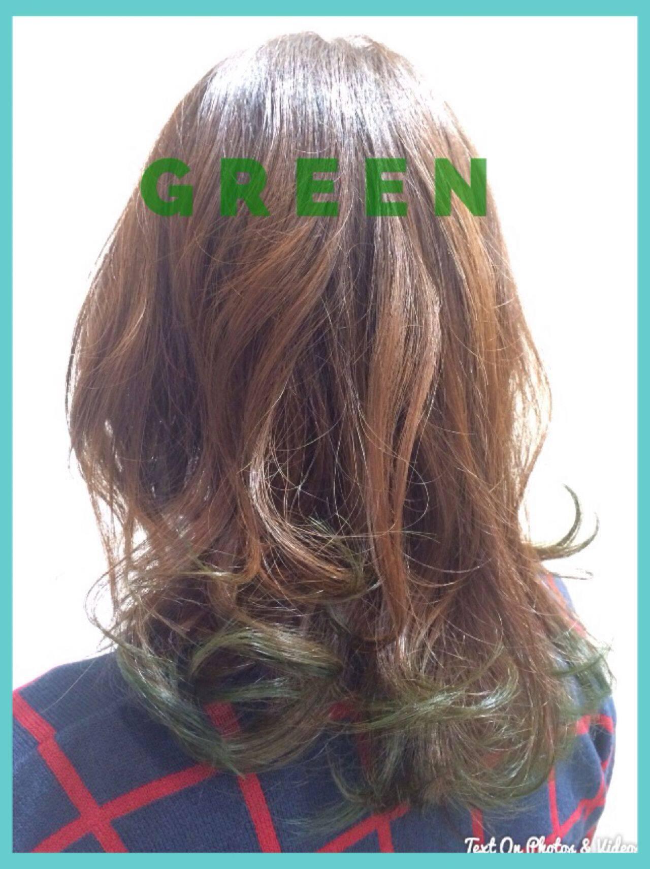 ナチュラル グラデーションカラー ゆるふわ グリーンヘアスタイルや髪型の写真・画像