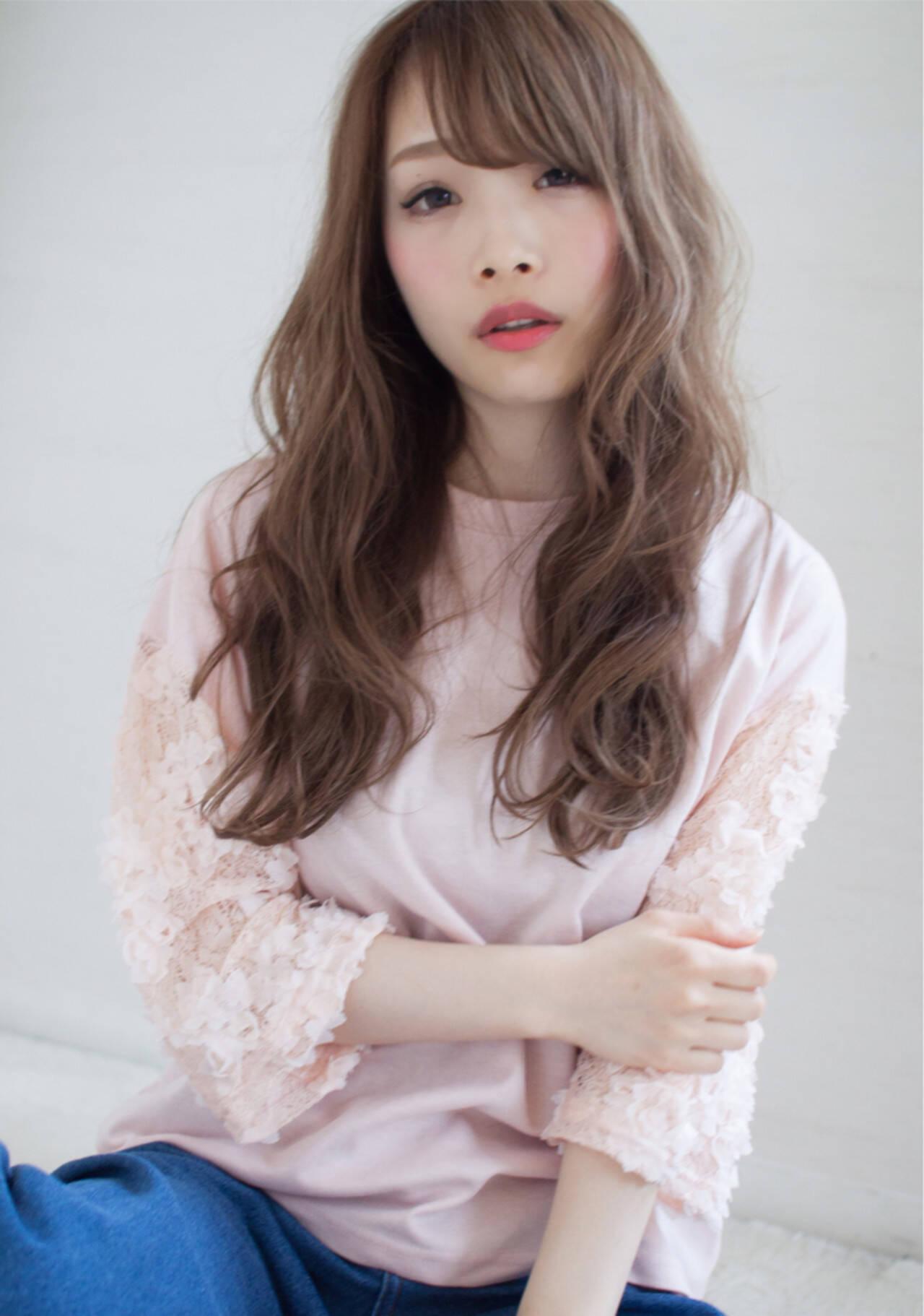フェミニン ロング ナチュラル ヘアアレンジヘアスタイルや髪型の写真・画像