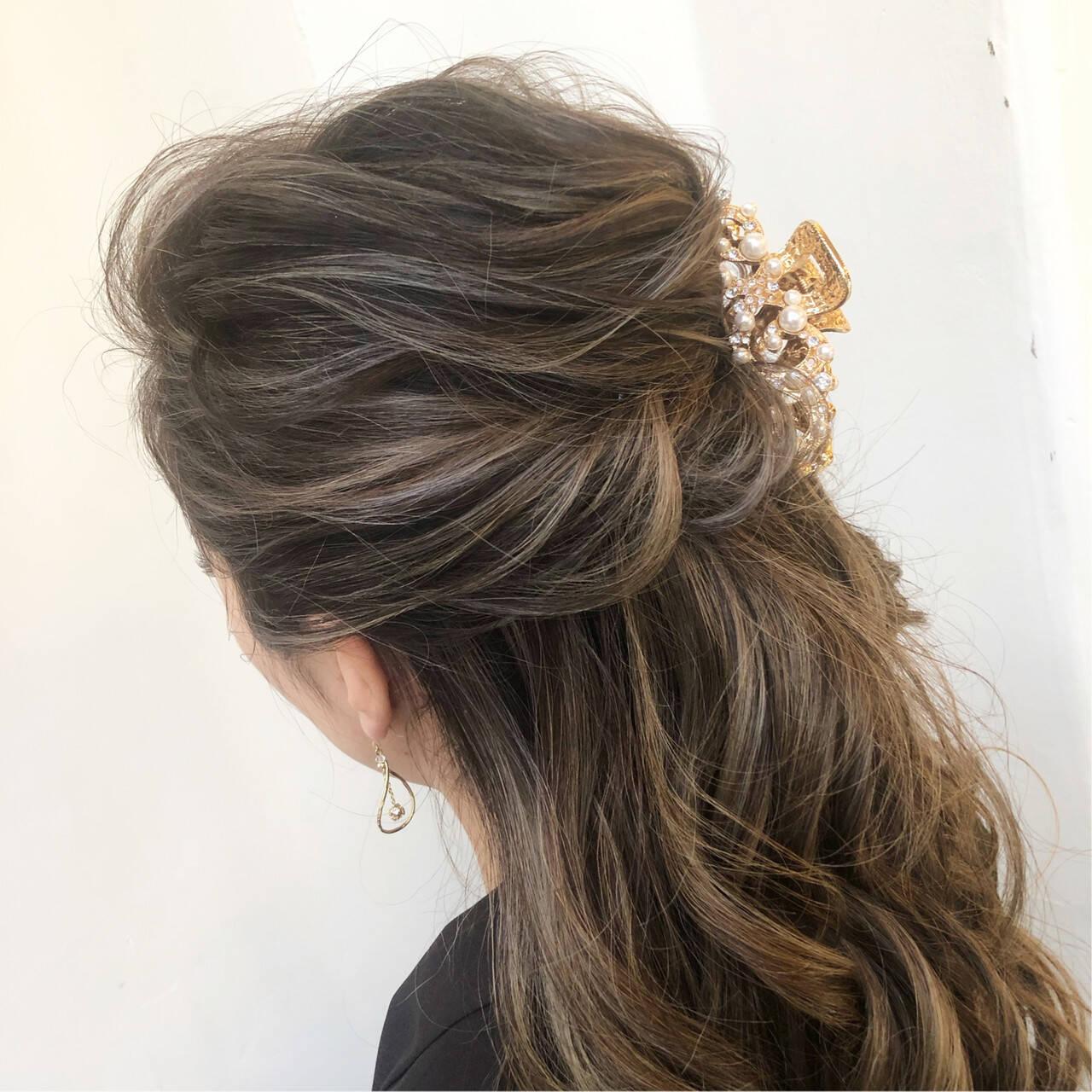 ロング 結婚式 フェミニン ルーズヘアスタイルや髪型の写真・画像