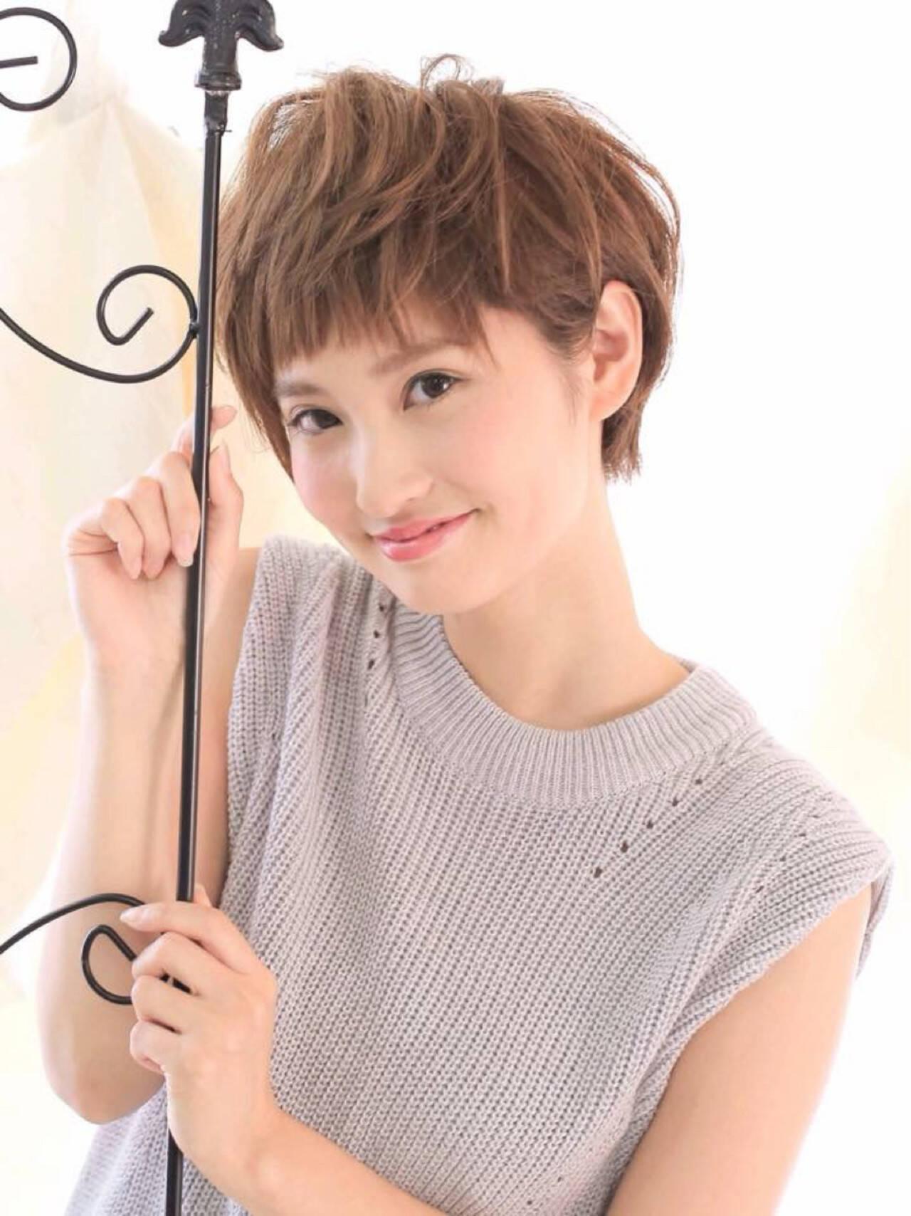 ミルクティー ナチュラル 小顔 ショートヘアスタイルや髪型の写真・画像