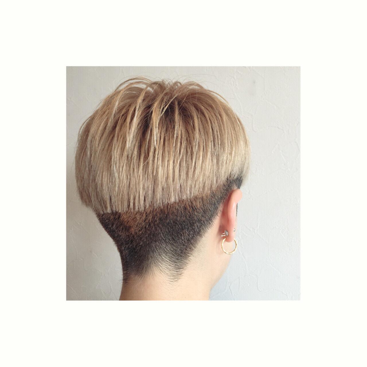 刈り上げ ベリーショート グラデーションカラー 坊主ヘアスタイルや髪型の写真・画像