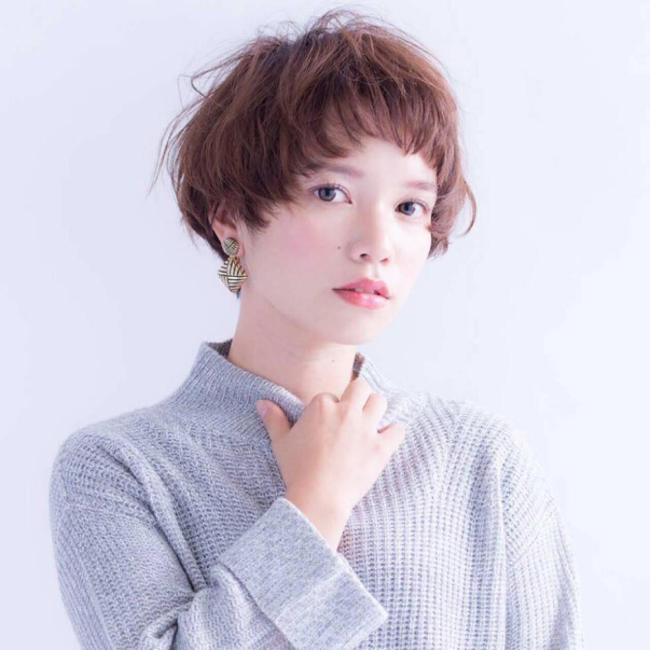 フェミニン ナチュラル ピュア ショートヘアスタイルや髪型の写真・画像