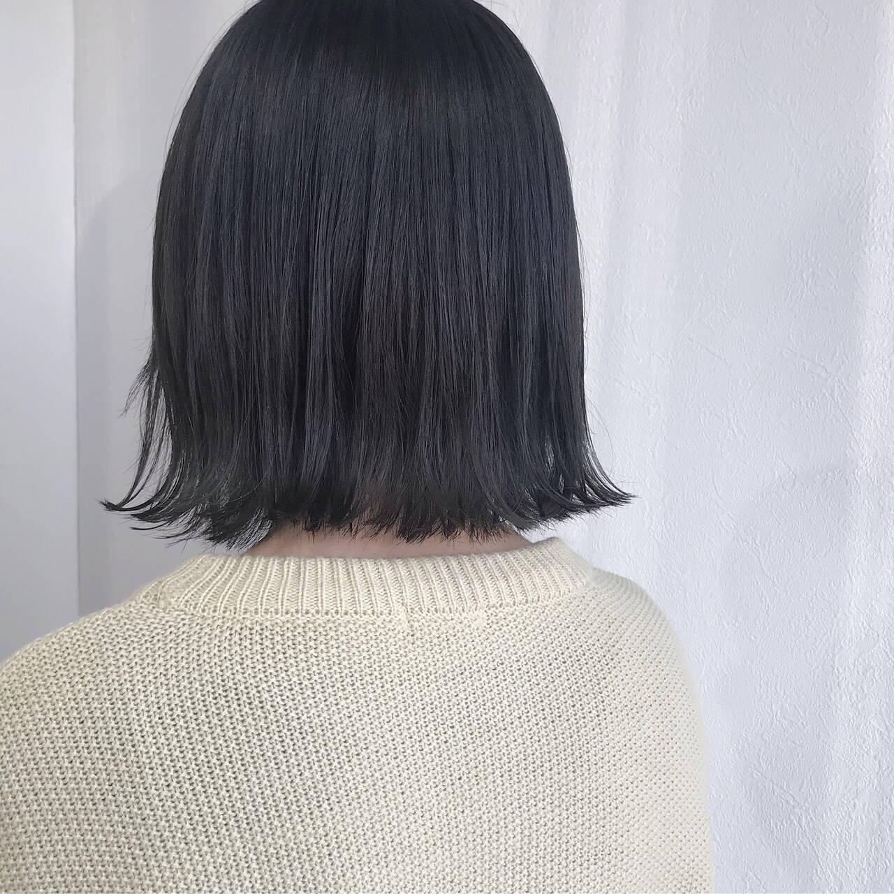 外国人風カラー ダークグレー アンニュイほつれヘア ナチュラルヘアスタイルや髪型の写真・画像