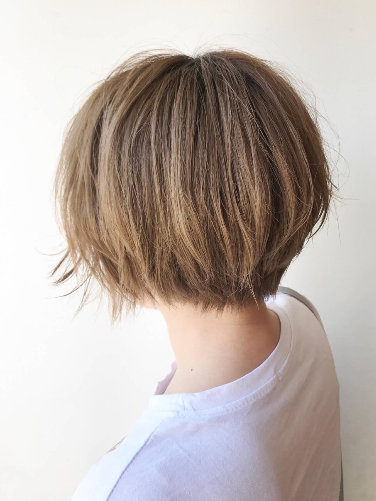 ハイトーン ショート ストリート ボブヘアスタイルや髪型の写真・画像