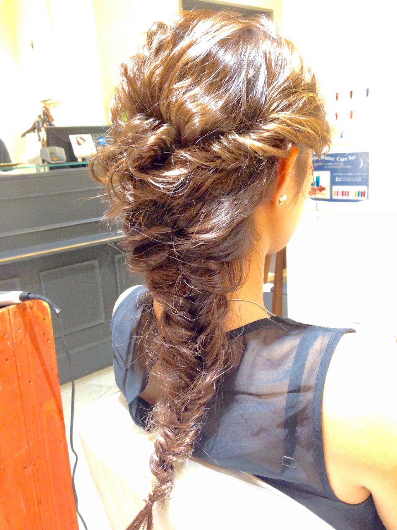 大人かわいい ヘアアレンジ 三つ編み ストリートヘアスタイルや髪型の写真・画像