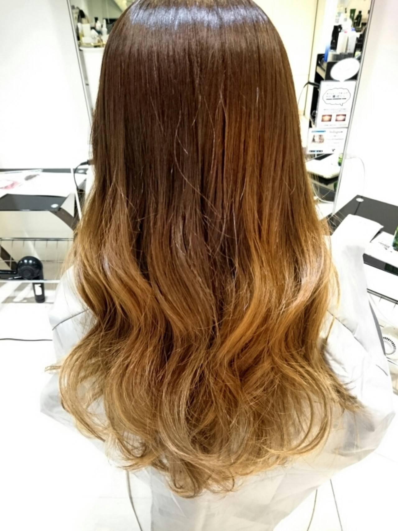 ロング グラデーションカラー 外国人風 グレージュヘアスタイルや髪型の写真・画像