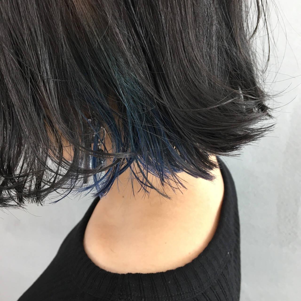グレージュ ボブ モード インナーカラーヘアスタイルや髪型の写真・画像