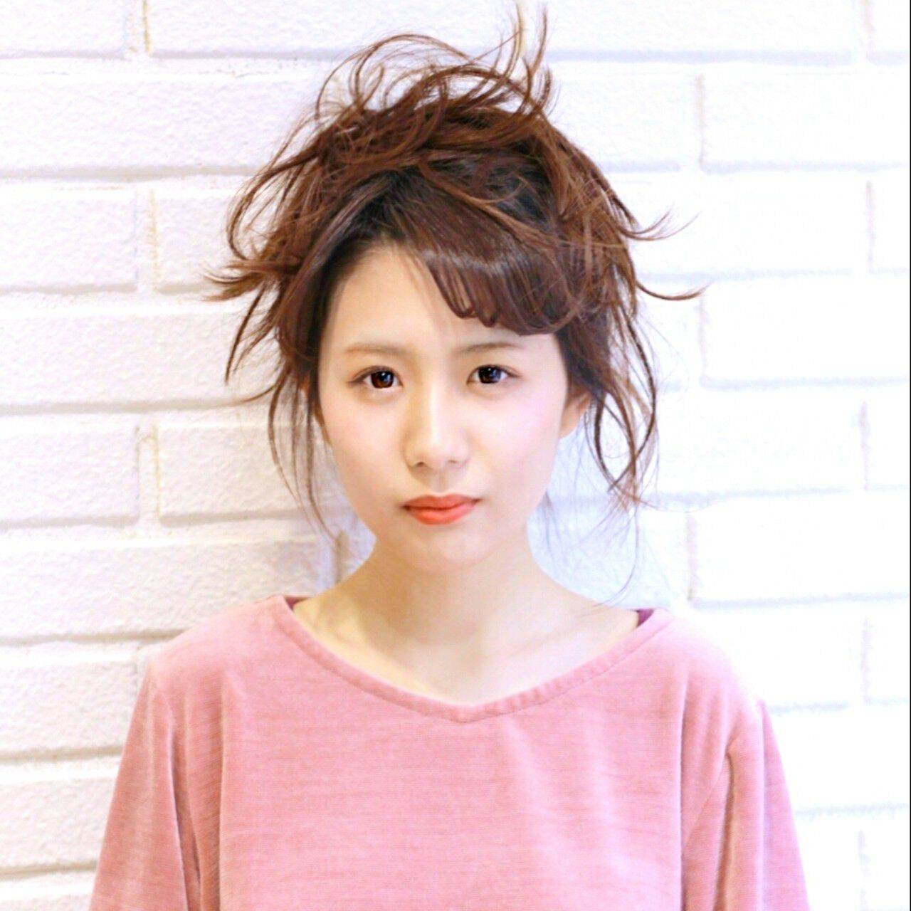 小顔 ミルクティー 簡単ヘアアレンジ ニュアンスヘアスタイルや髪型の写真・画像